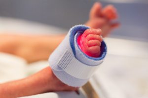 Première journée mondiale du NIDCAP; approche de soins individualisés pour prématurés