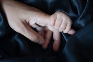 Meer emotionele zorg voor zwangere en net bevallen vrouwen