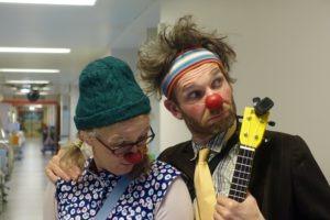 Coup de projecteur sur Les Clowns à l'Hôpital, un métier «drôlement sérieux»